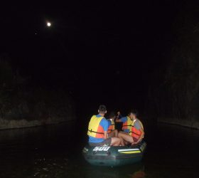 Crossing in rubber dinghy the Tiberio Gorges with full moon 2017