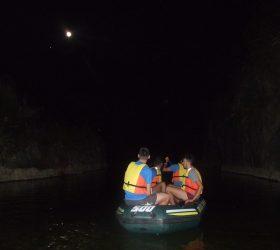 Traversée des Gorges de Tiberio en Canot avec le clair de lune